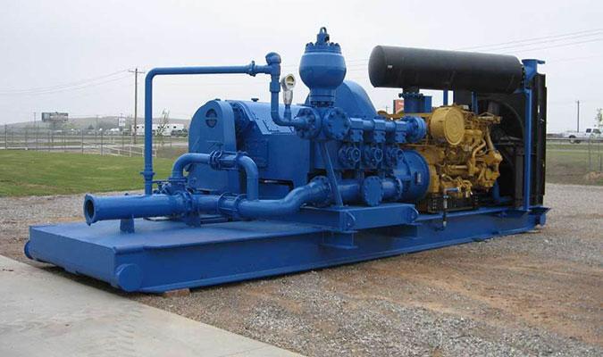Буровые насосы - это мощные габаритные агрегаты