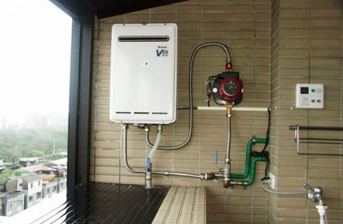 Насос повышения давления в системе водоснабжения