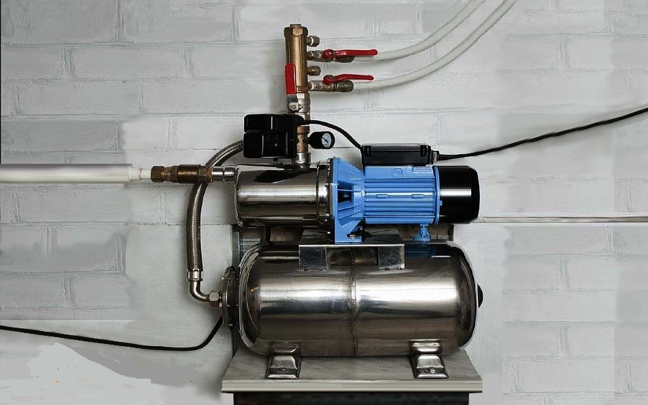 Самовсасывающая насосная станция повышения давления