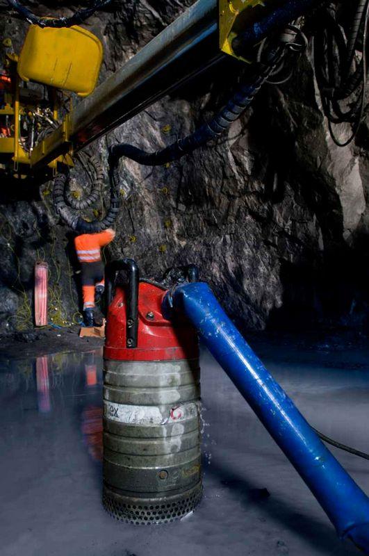 Использование насоса Grindex в угольной шахте
