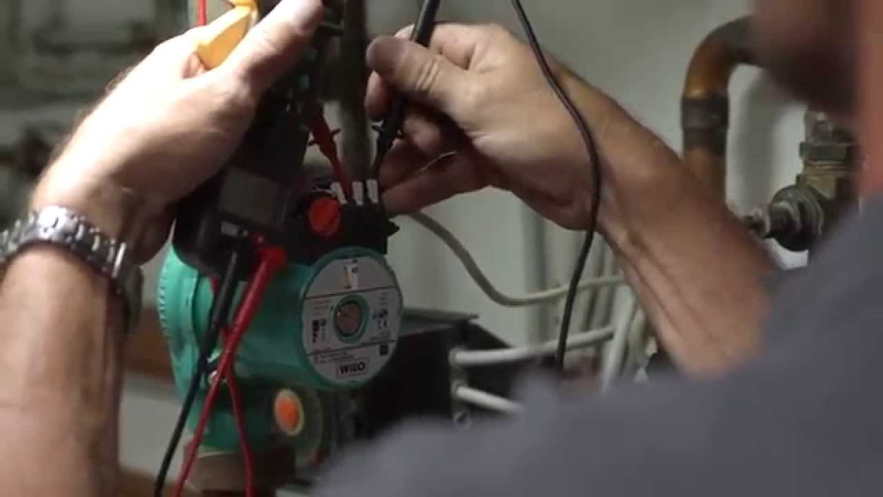 Тестирование электрической коробки циркуляционного насоса