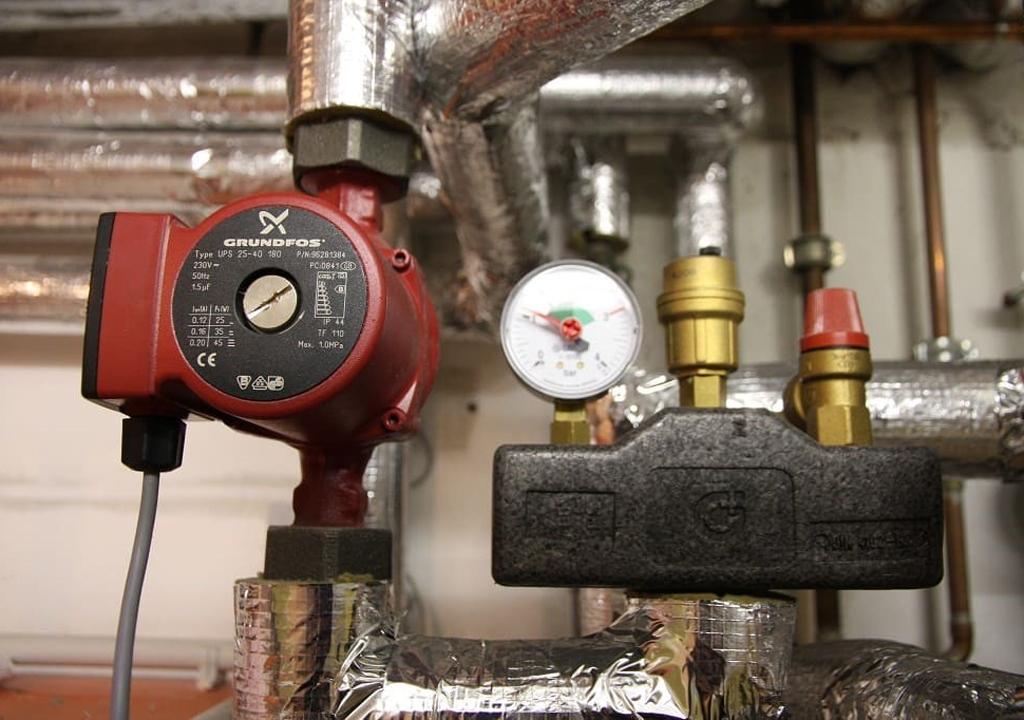 Какие используют насосы для отопления, виды, характеристики, как правильно выборать и установить, производители и покупка.